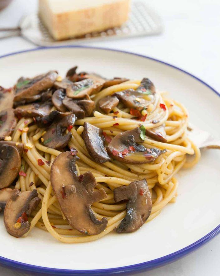 Garlic Mushroom Spaghetti